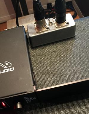 AES/EBU Clock Switch